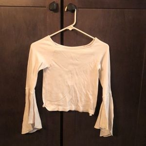 White wide-sleeved top